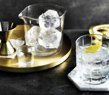 Mode Kitchen & Bar - Vesper Martini