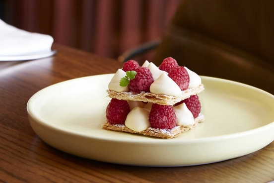 Mode Kitchen & Bar - Millefeuille, raspberry chantilly
